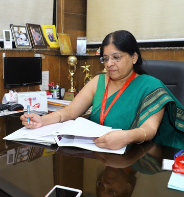 Dr Bharati Jain